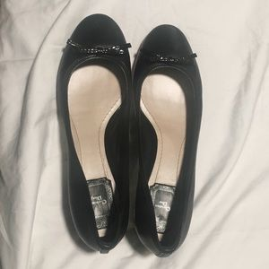 Christian Dior Leather Bow Accents Pumps